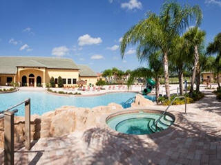 Paradise Palm Clubhouse and Pool